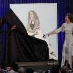 492379A200000578-5381467-Michelle_Obama_left_pulls_the_cloth_off_her_portrait_at_its_offi-a-69_1518455043034