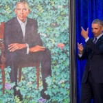 4923D22C00000578-5381467-Obama_pretends_to_take_a_selfie_as_he_looks_at_his_portrait_by_a-a-73_1518455043057